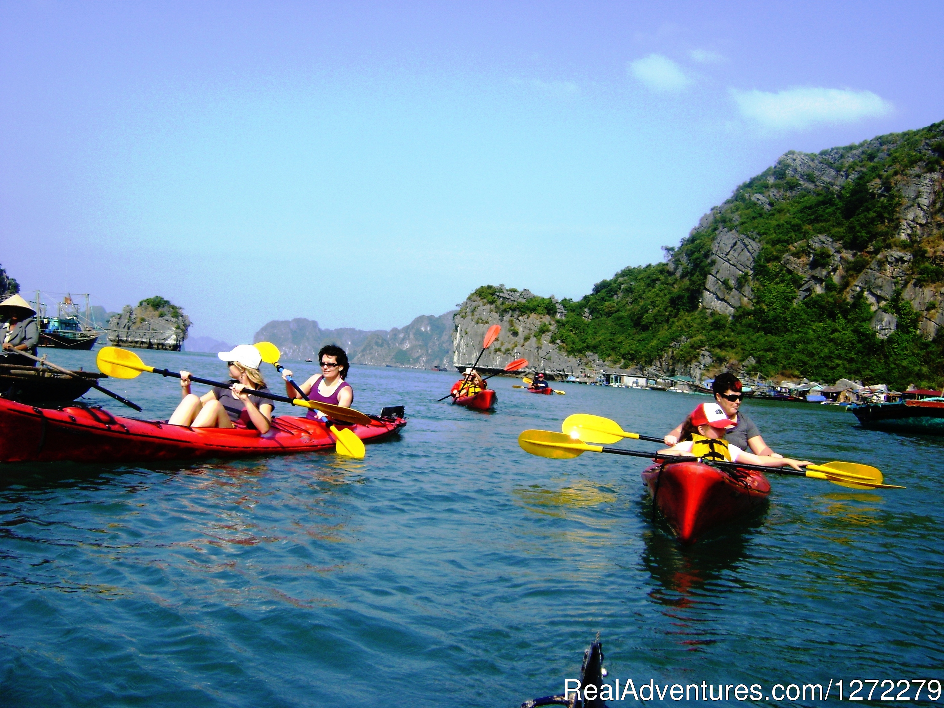 Halong bay of Vietnam-Kayaking
