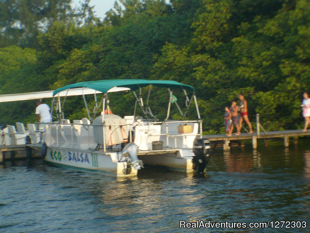 Shuttle Boat Service To The RESERVA Beach - Barra  Dolce Vita Residence Service 1504