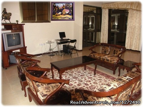 Spacious and modern facilities at Elmeiz Guest House - Elmeiz Guest House Accra Ghana