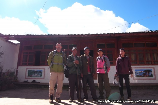 Image #5 of 5 - Yoga and trekking in Yunnan in China