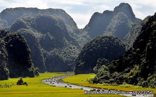 Christmas and New Year in Vietnam (9 nights) Hoa Lu - Tam Coc