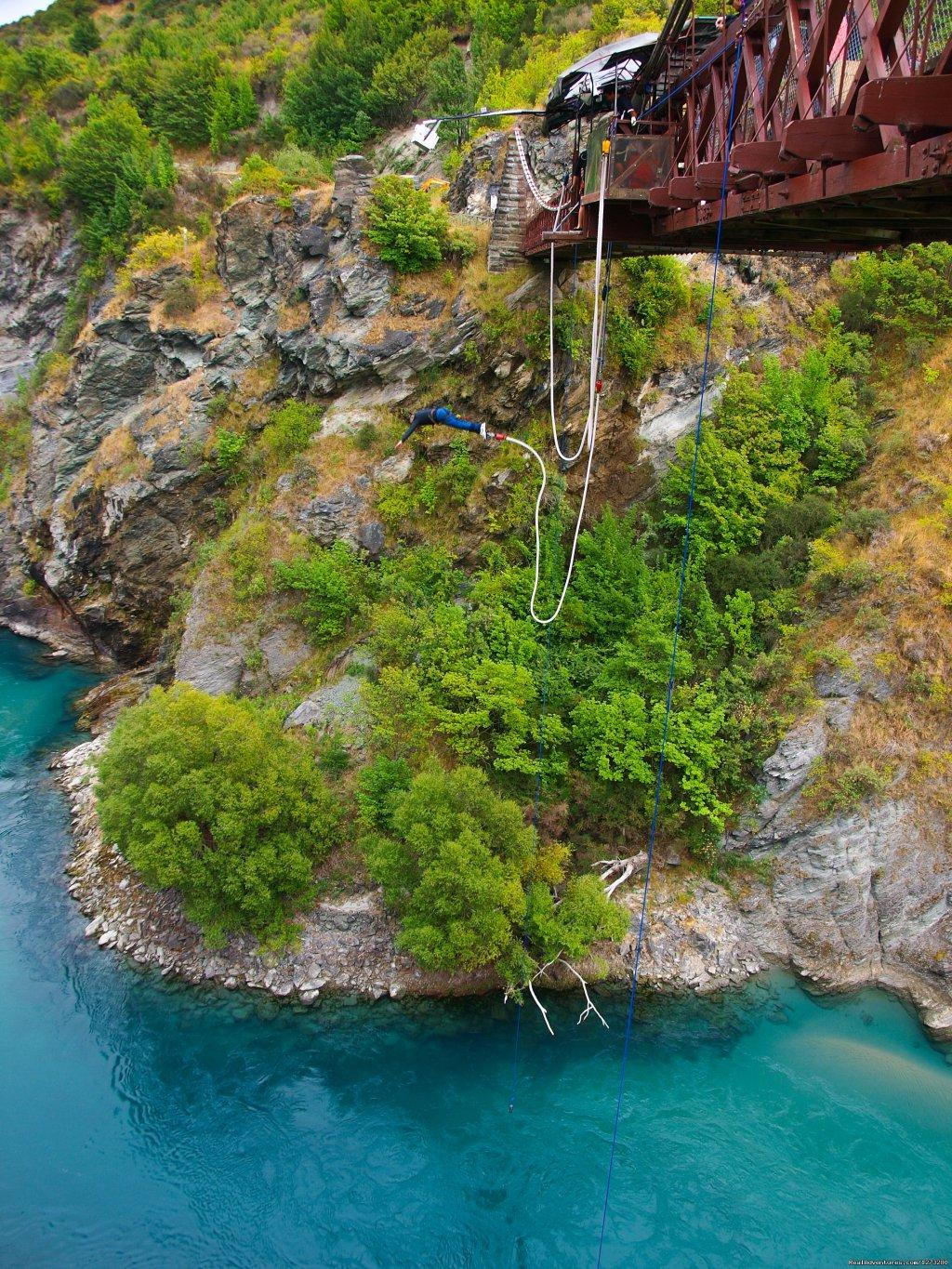 Bungy Jumping Queenstown | Image #6/19 | Self Drive and Guided New Zealand Tours