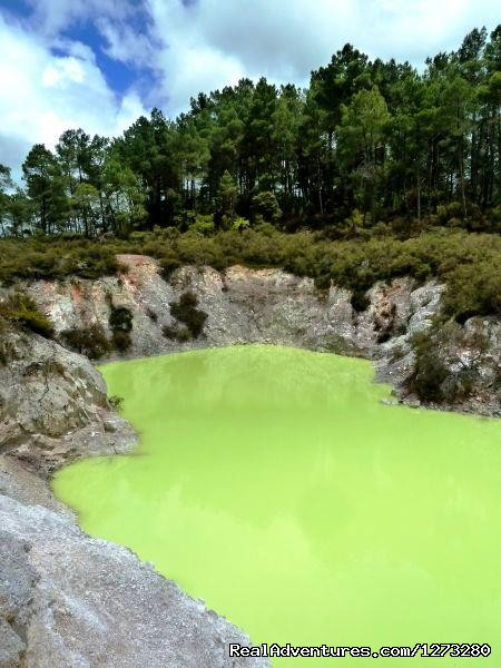 Wai-O Tapu Thermal Wonderland - Self Drive and Guided New Zealand Tours