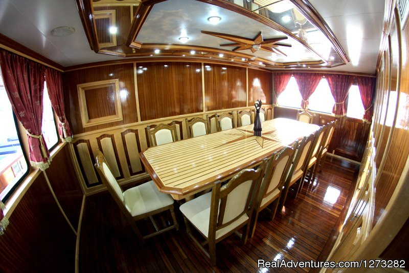 Dining room | Image #7/9 | luxury yacht charter in Croatia