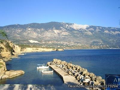 Pessada Harbour - Luxury Villa set in quiet village