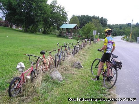 - Quebec: Eastern Townships - Freewheeling Adventure