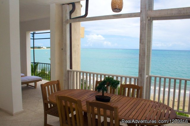 - 3 bd.Breathtaking  BeachFront luxury apt