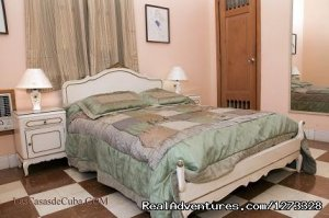 Accommodation in Havana, Cuba. 3-room apartment. La Habana, Cuba Vacation Rentals