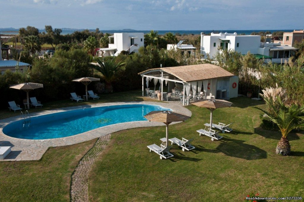 AMMOS NAXOS Exclusive Apartment -  Pool Bar | Image #2/10 | Ammos Naxos Exclusive Apartment & Studios