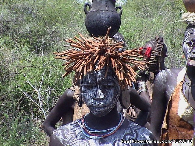 A Woman From Mursi | Image #8/21 | Ethiopia Tour and Travel Agent