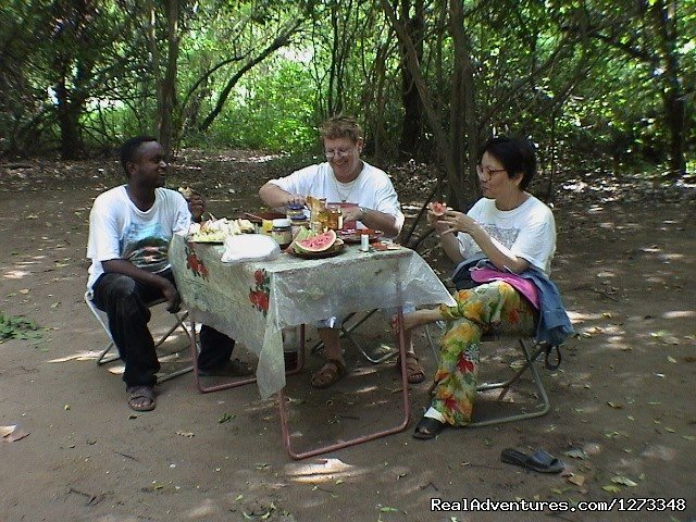 Brekfast at Turmi Camping | Image #2/21 | Ethiopia Tour and Travel Agent
