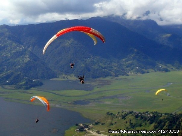 Paragliding | Image #3/13 | Pink Mountain Travels and Excursions Pvt Ltd