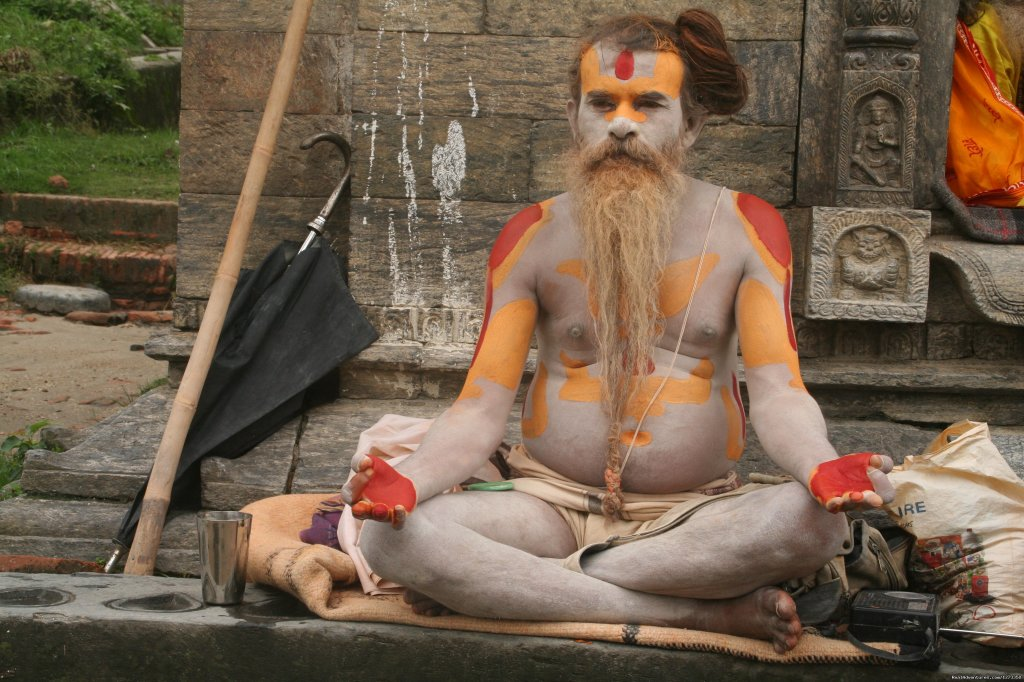 Sadhi in Pashupatinath Temple | Image #7/13 | Pink Mountain Travels and Excursions Pvt Ltd