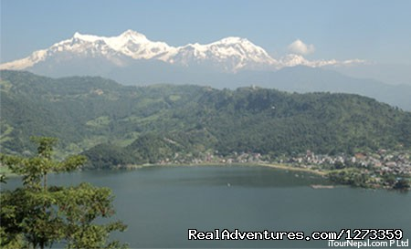 Nepal Tour sampler Himalaya and lake