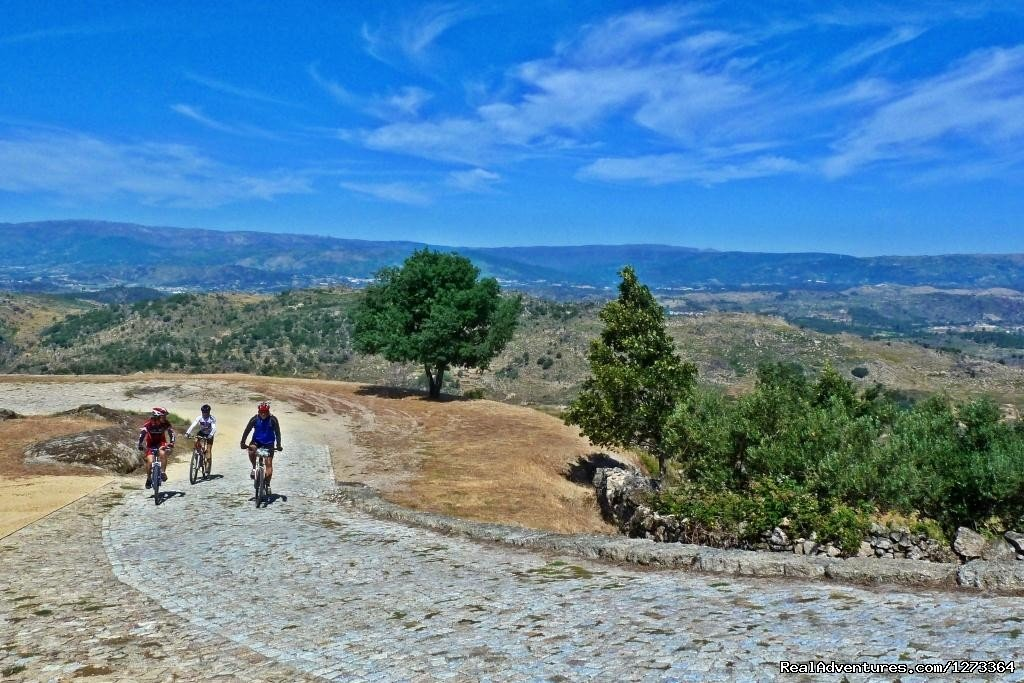 Estrela Mountain, the top of Portugal | Image #5/17 | Madrid-Lisbon MTBike