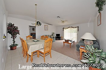 Family Room - Villa close to Disney