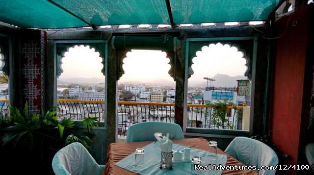 Restaurent - Udai Niwas Hotel