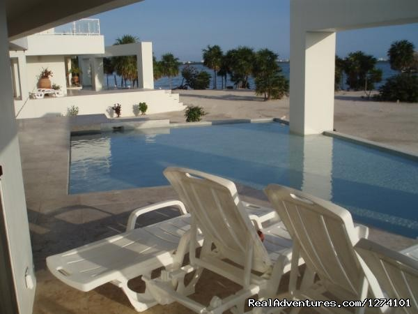- Luxury Mansions at Caye Winds, San Pedro, Belize