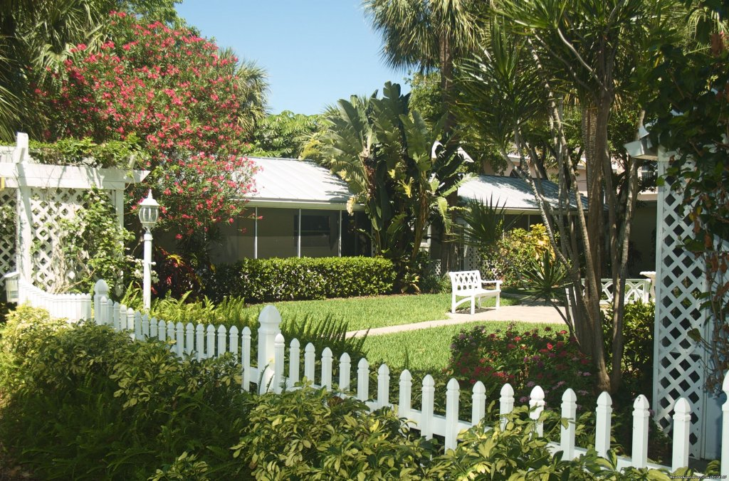 Lovely grounds | Image #2/26 | Cottages by the Ocean - Studios and 1/1