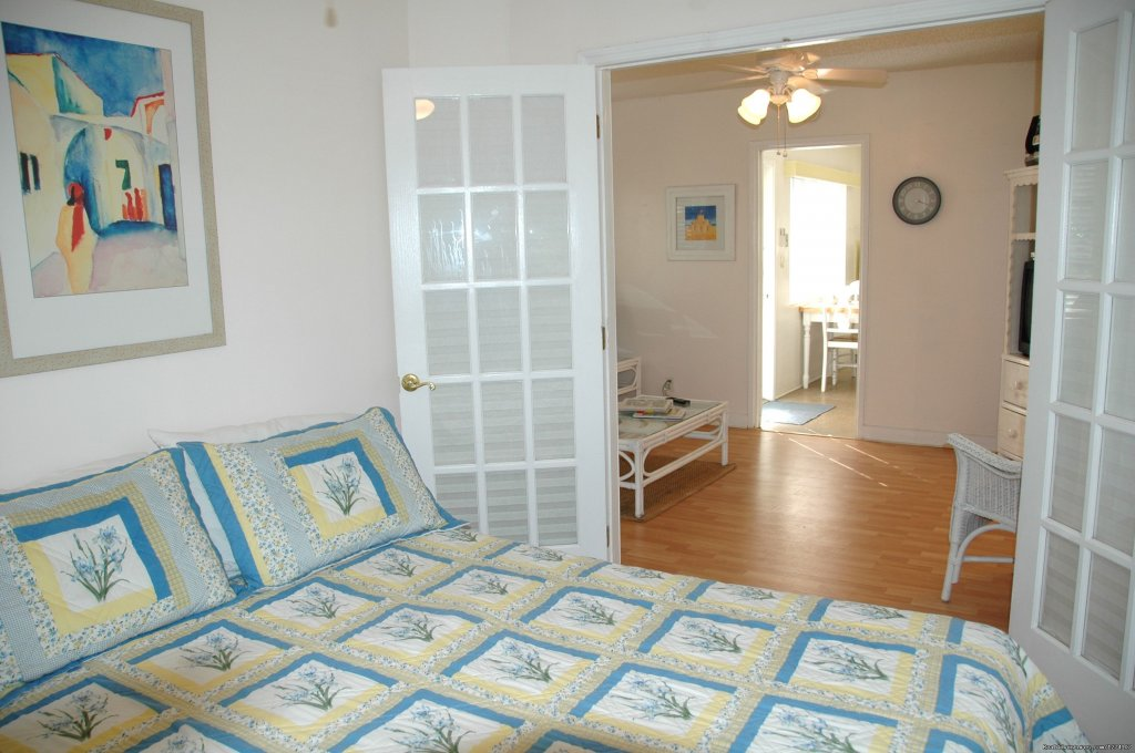 1 Bedroom cottage with queen bed | Image #12/26 | Cottages by the Ocean - Studios and 1/1