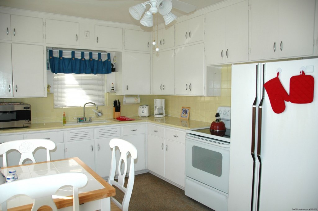 1 Bedroom kitchen | Image #14/26 | Cottages by the Ocean - Studios and 1/1
