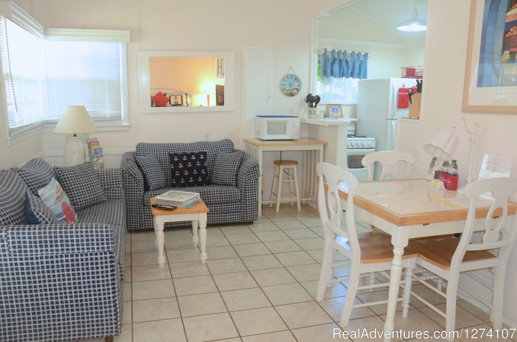 King studio apartment | Image #7/26 | Cottages by the Ocean - Studios and 1/1
