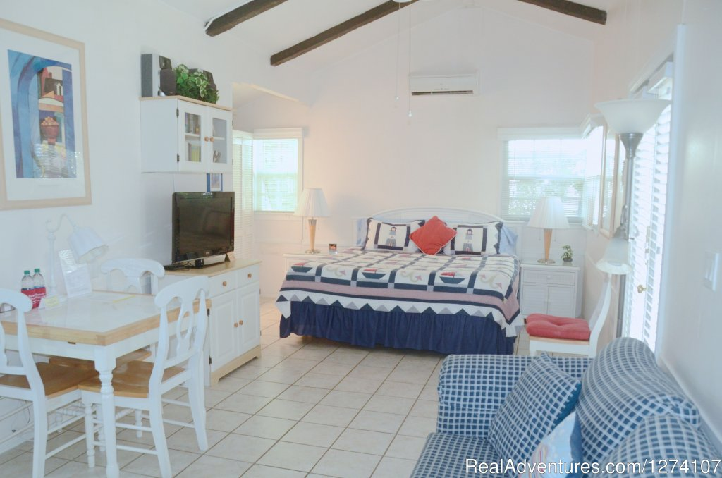 King studio apartment | Image #4/26 | Cottages by the Ocean - Studios and 1/1