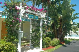Pineapple Place - South Florida great getaway Pompano Beach, Florida Vacation Rentals