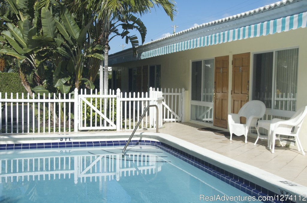 Pineapple Place is a half block to the beach. | Image #2/26 | Pineapple Place - South Florida great getaway