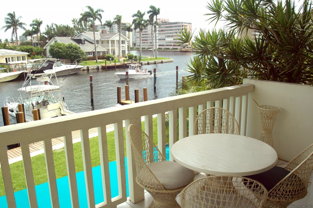 Balcony with marina and Intracoastal Waterway views | Image #9/25 | Yacht and Beach Club - Waterfront Condo