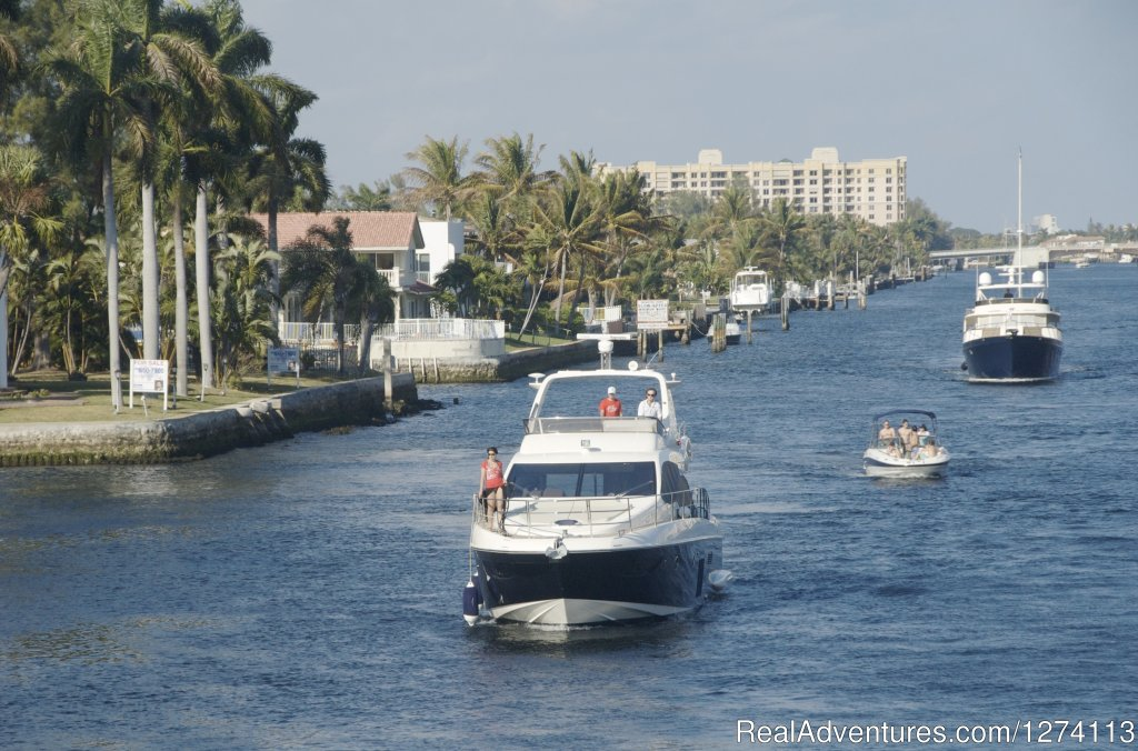 Intracoastal Waterway runs along property line | Image #13/25 | Yacht and Beach Club - Waterfront Condo