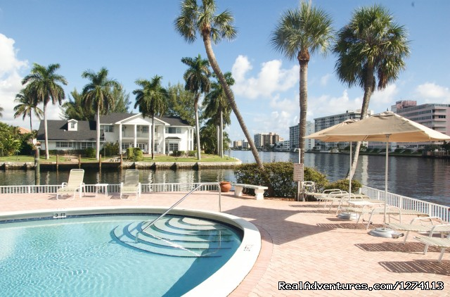Heated pool right on the Intracoastal Waterway