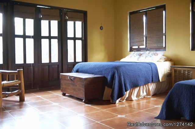 Casa Dorado Bed & Breakfast
