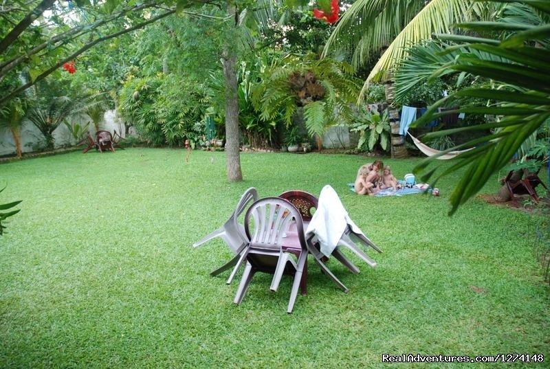 Mihin Villa is a typical Sri Lankan guest house run by an experienced hotelier. 