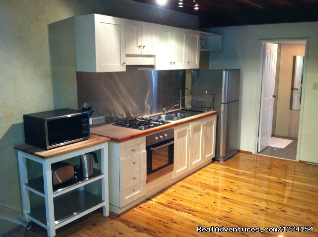 Fully Equipped Kitchen - Fremantle City Central 3 Floor Apartment