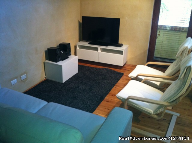 Flat Screen TV 1, Stereo, DVD - Fremantle City Central 3 Floor Apartment