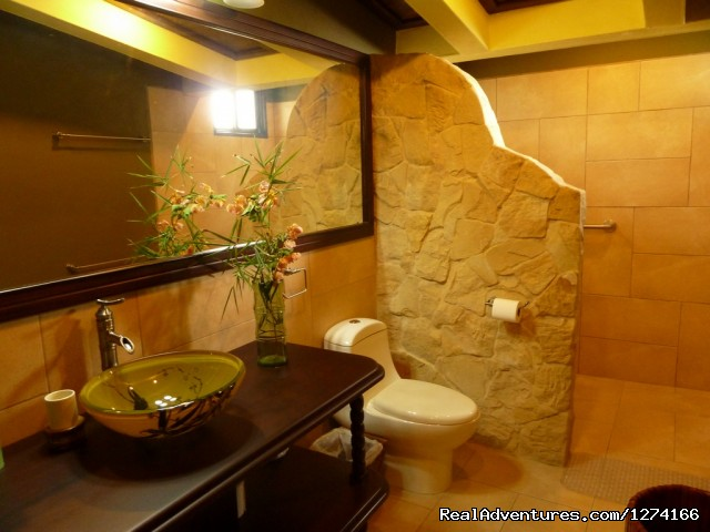 Bamboo Room Bathroom - Finca Vibran B&B- On the slopes of Poas Volcano