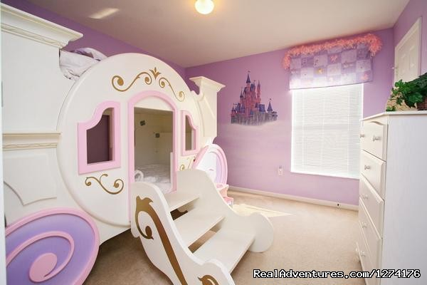 - Perfect Scape To Disney-Cinderella Bed-Sleep 12