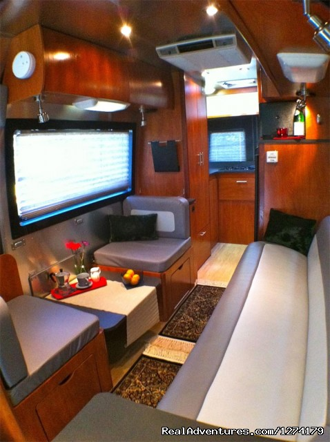 Main Cabin - Lounge - Airstream Interstate Touring Coach Rental RV