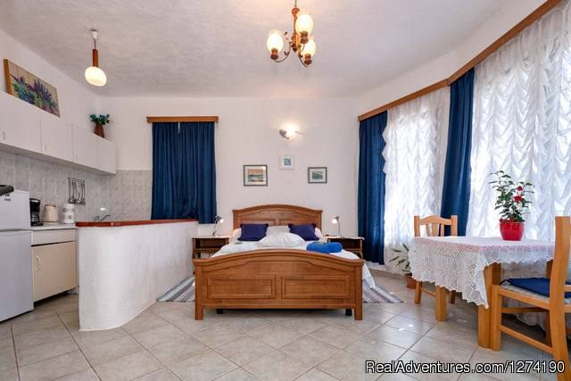 Josip Apartment-bathroom - Villa Domus Marini