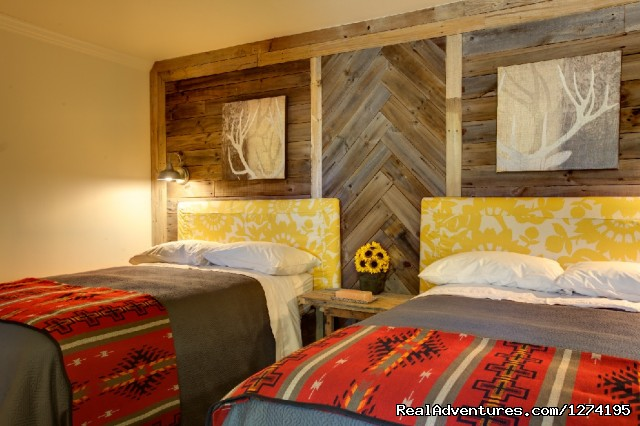 - Deer Lake Lodge Spa & Resort