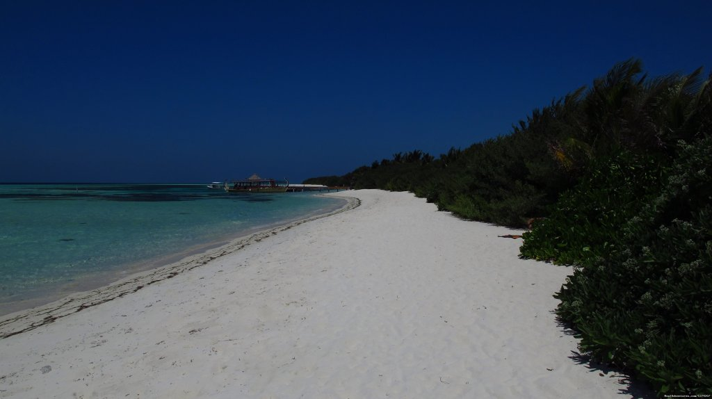 Island | Image #12/14 | Explore the Maldives on MV Yasawa Princess