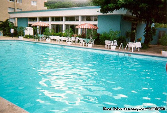 Swimming Pool - Ocho Rios beachfront resort condo