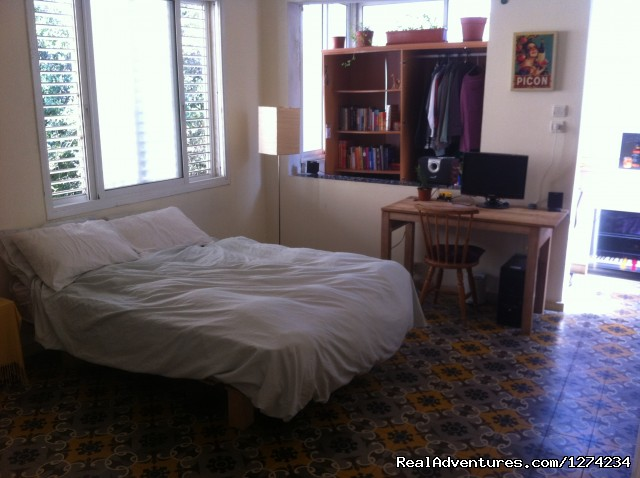 Spacious 2.5BR apt for Passover in Tel Aviv