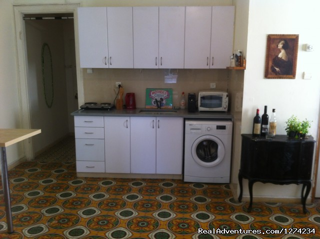Image #3 of 5 - Spacious 2.5BR apt for Passover in Tel Aviv