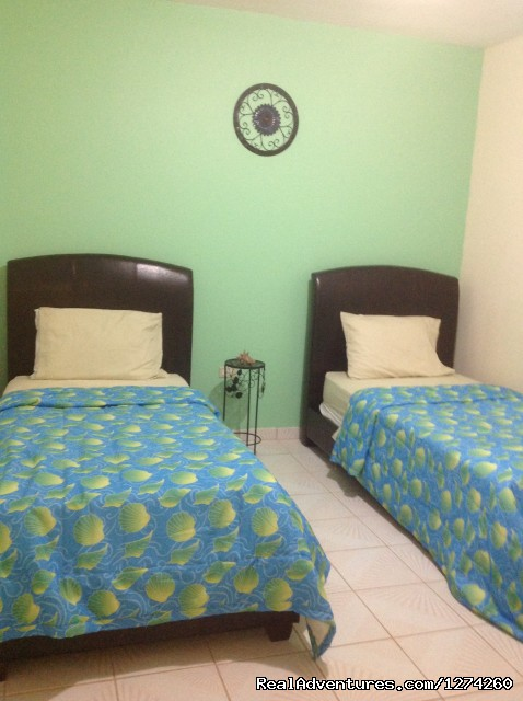 Twin Size Beds - Vacation Rental at Economical Prices