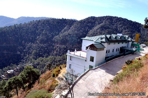 Back View of United-21 Resort in Chail | Image #2/9 | United-21 Resort, Chail