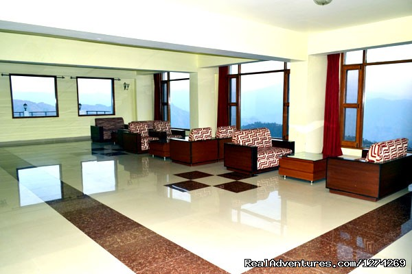 Lobby of United-21 Resort - United-21 Resort, Chail