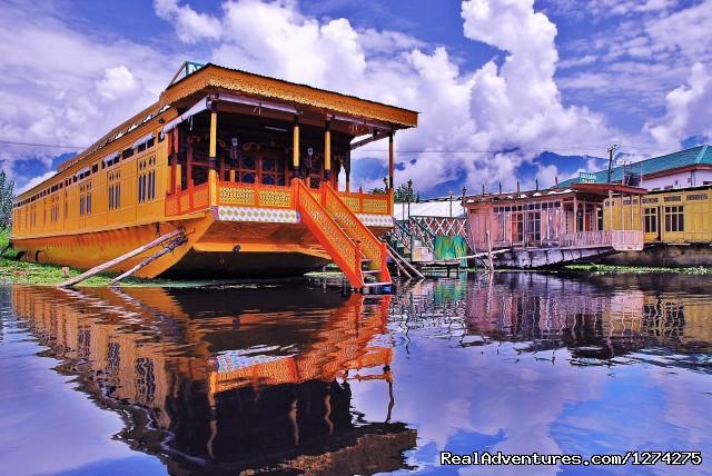 Floating Luxury - House Boat (#3 of 21) - KasHmiR ExotiCA - Enjoy The HEAVEN on Earth