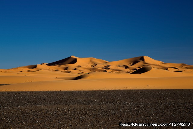 5 Days Desert Tour Marrakech  and stay with locals: Sahara Dunes